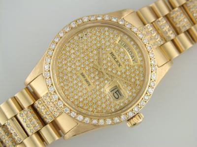 Rolex Daydate posypané diamanty
