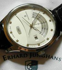 Erhard Junghans Creator Retrograd