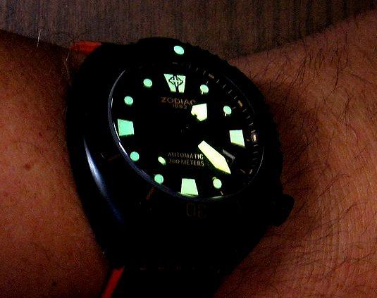 689b04331bf Celková svítivost hodinek je nadprůměrná a u všech modelů